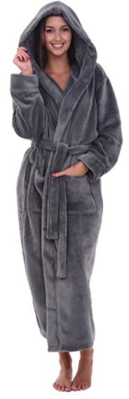 cozy, plush hooded bathrobe. Self care themed gifts. mental wellness gifts. Top wellness gifts. Self care gifts for coworkers. Homemade wellness gifts. wellness experience gifts. Wellness inspired gifts. gifts for wellness freaks.